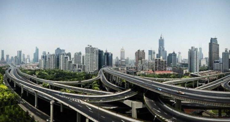 Çin 2016'da Yola 375 Milyar Dolar Yatıracak