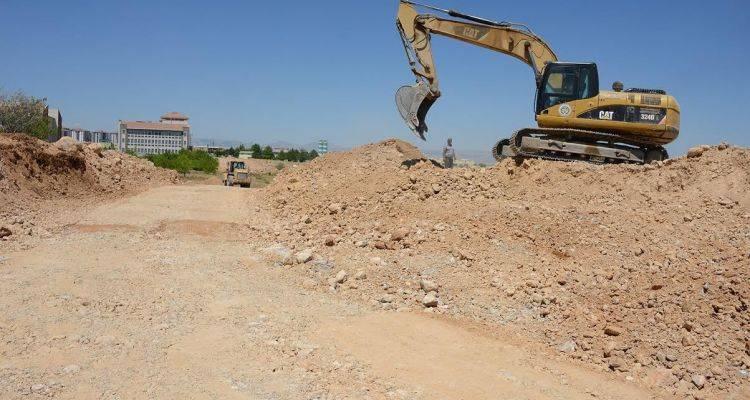Malatya'da Yeni Yol Açma Çalışmaları Devam Ediyor!