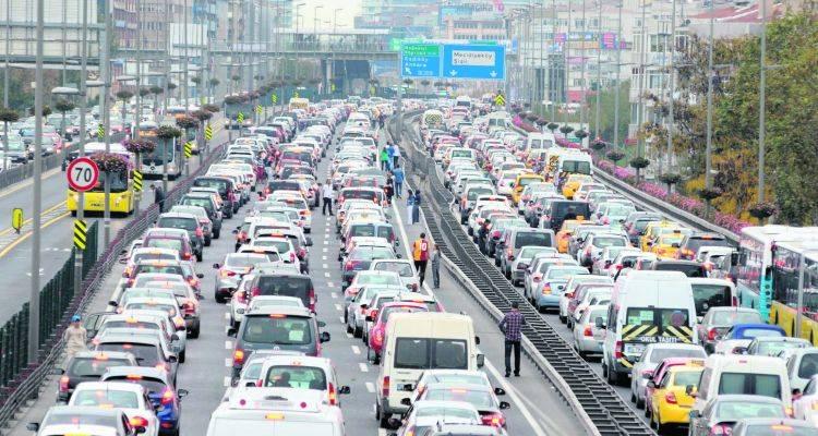 İstanbul'da Araçlar Yerin Altına İniyor
