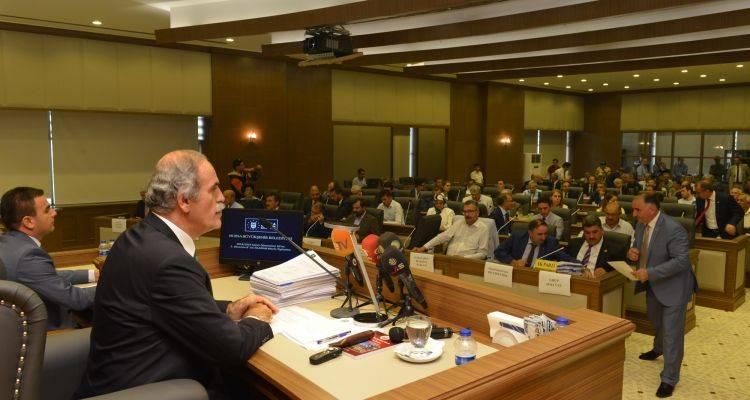 Bursa Yeni Belediye Sarayında İlk Meclis Toplantısı!