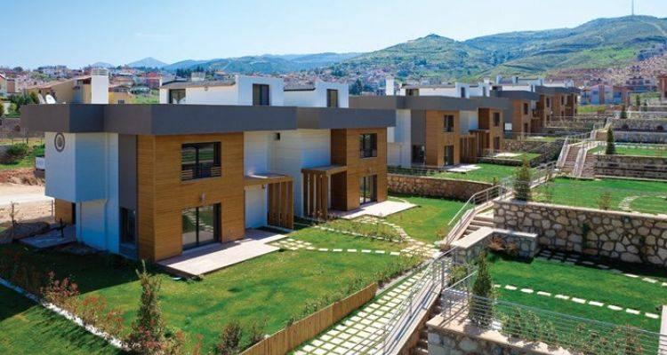 Güzide Hanım Konakları'nda Villalar 740 Bin Lira!