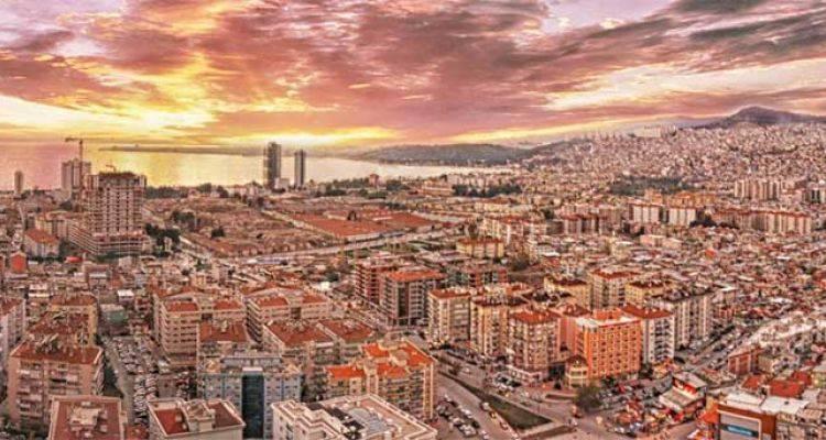 İzmir'in Yüzde 85'ine Kentsel Dönüşüm Gerekli