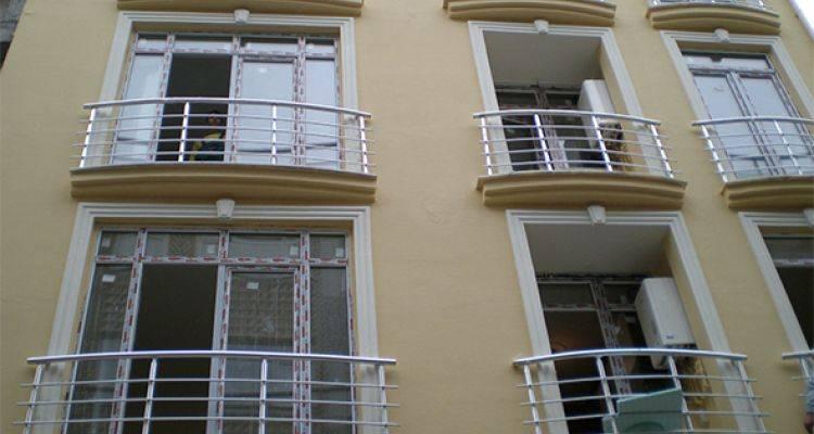 Fransız Balkonlar Tehlikeli Mi?