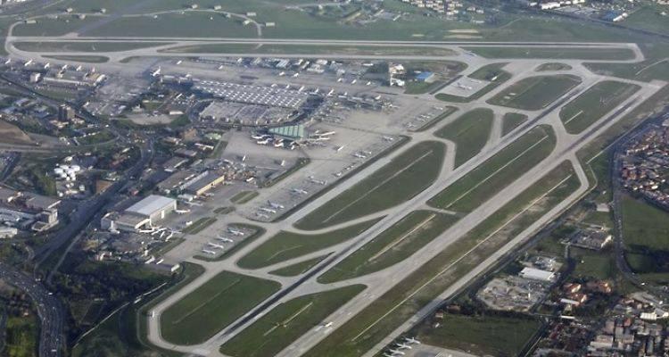 Havalimanlarına Güneş ve Rüzgar Santrali Kurulacak