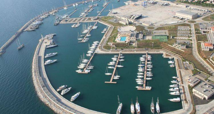 İzmir'e Yeni Marina Müjdesi