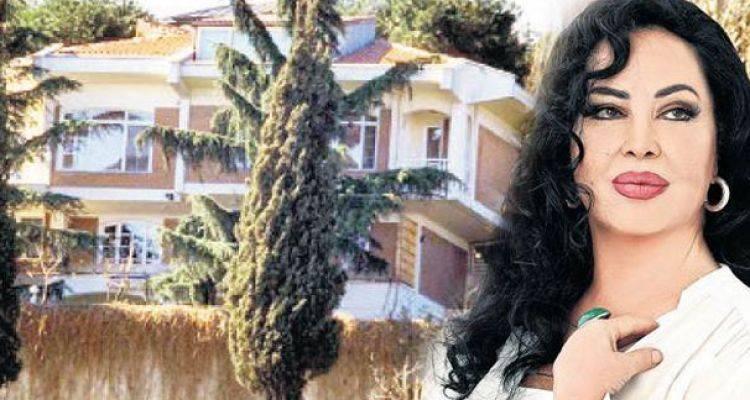 Türkan Şoray Bebek'teki Villasını Sattı