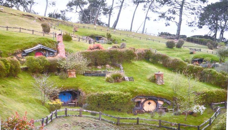 Sivas'ın İlginç Konut Projesi : Hobbit Köyü