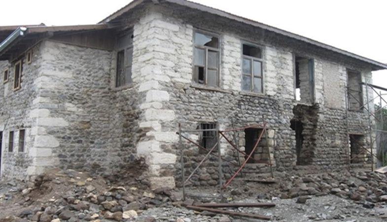 İzmir Defterdarlığı'ndan Satılık Kargir Ev!