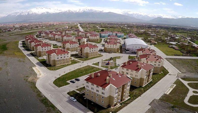 TOKİ Erzincan'da 137 konutluk projeye imza atacak