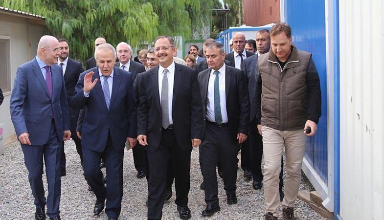 Bakan Özhaseki, Hatay'da müze otel inşaatını inceledi