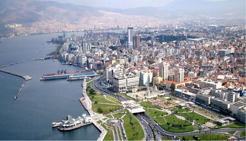 İzmir Büyükşehir Belediyesi kat karşılığı inşaat ihalesi düzenleyecek