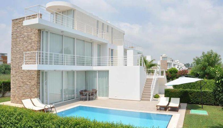 Novron Feronia Villaları Antalya Belek'te hayat buldu