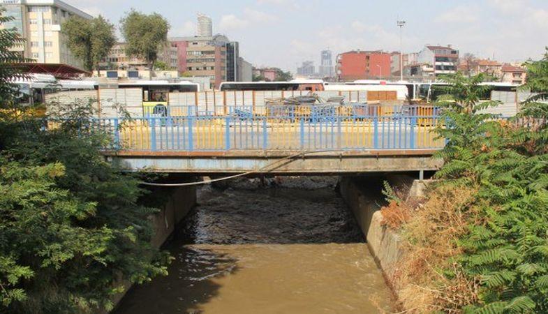 Fikirtepe Kurbağalıdere Köprüsü yeniden yapılacak