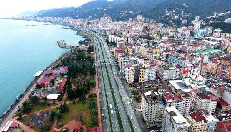'Rize'de dolgu sahadaki binalar 10-15 yılda çökebilir'