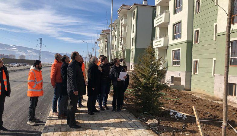 TOKİ Başkanı Kütahya'daki İnköy projesini inceledi