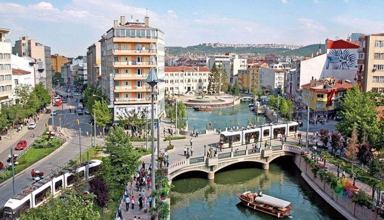 Eskişehir'de icradan satılık otel