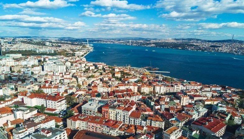 İstanbul'un iki ilçesinde kaçak yapıların yıkımı başladı