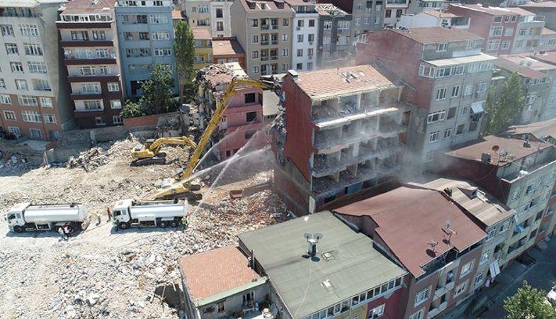 Kağıthane'de 76 riskli bina yıkıldı