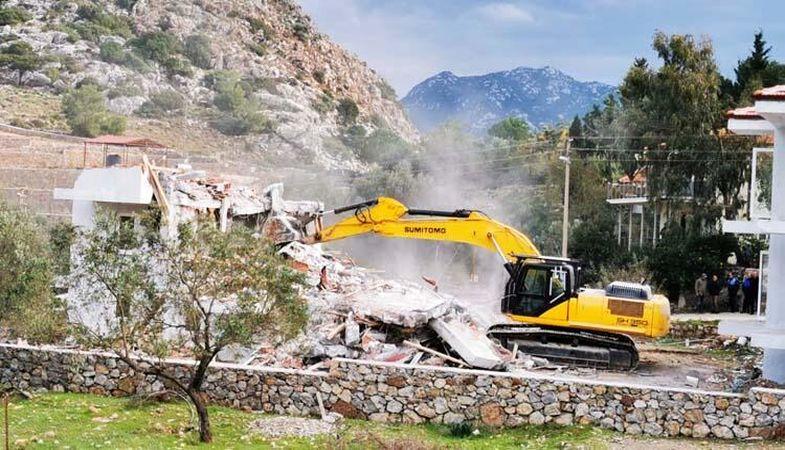 Marmaris'te 96 kaçak yapı yıkılacak