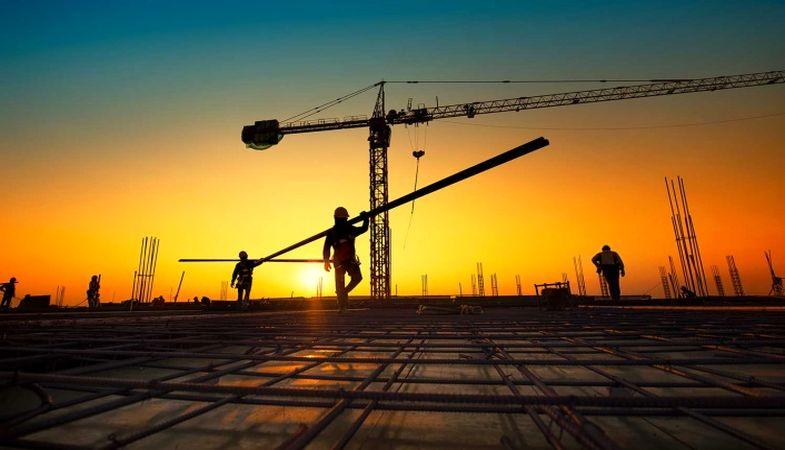 Türk müteahhitler Ortadoğu ve Afrika'da yeni projeler üstlenebilir