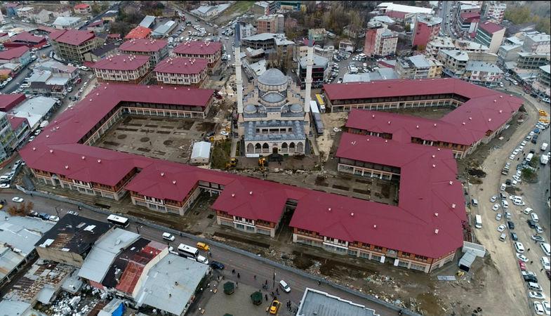 Van Erciş'te 96 adet iş yeri satışa sunuldu