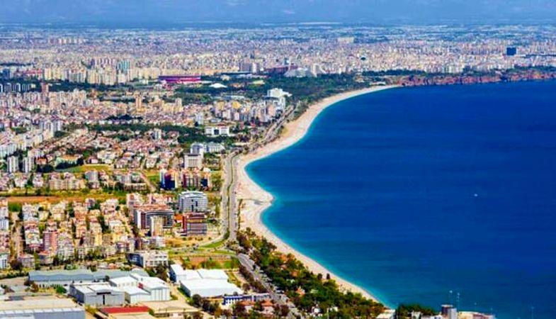 Antalya'da yabancıların yerleşik yaşam oranı artıyor
