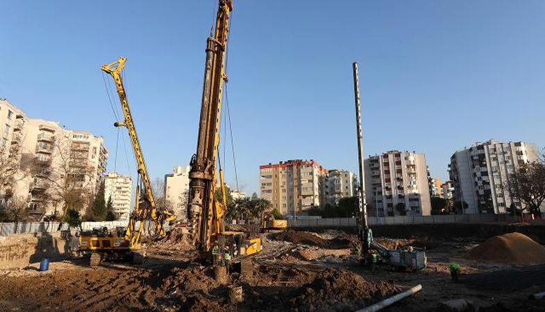 İzmir'deki deprem konutlarında ilk teslimler Ağustos'ta