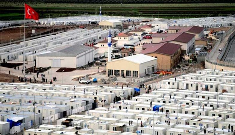 Suriyeli Sığınmacılara 2 Katlı Konteyner Ev