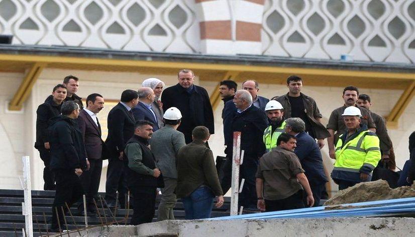 Cumhurbaşkanı Erdoğan Çamlıca Camii'ni inceledi