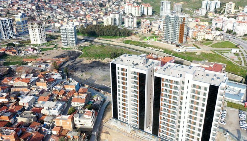 İzmir Örnekköy'de yeni etaplarda yıkım işlemleri tamamlandı