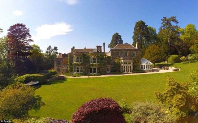 Amberley Gloucestershire Property For Sale